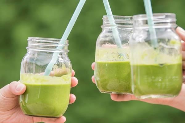 青汁の飲み過ぎは危険?たくさん飲むより毎日続けることが大切です