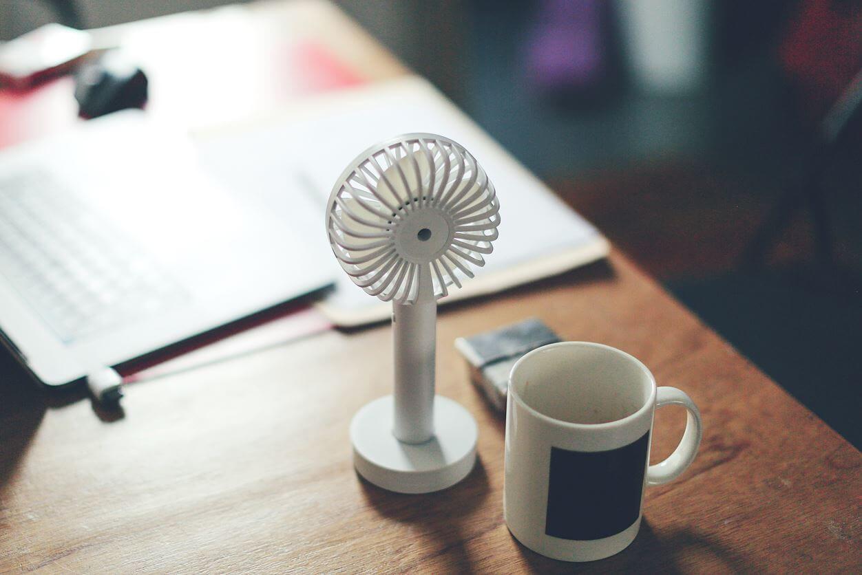 オフィスや自室で集中できないのは二酸化炭素が原因? 換気で改善しよう
