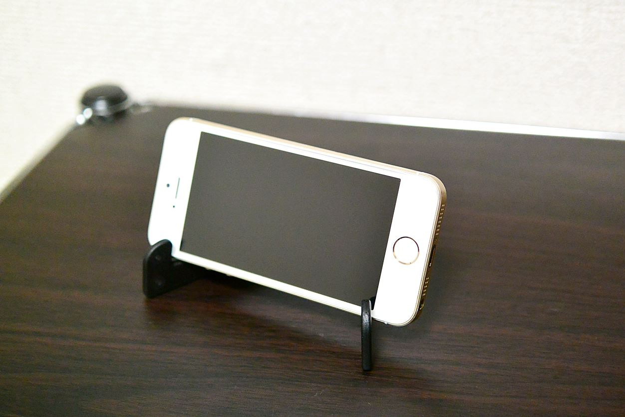 iPhone SEを2019年になっても使っている理由5つ【買い替えは要検討】