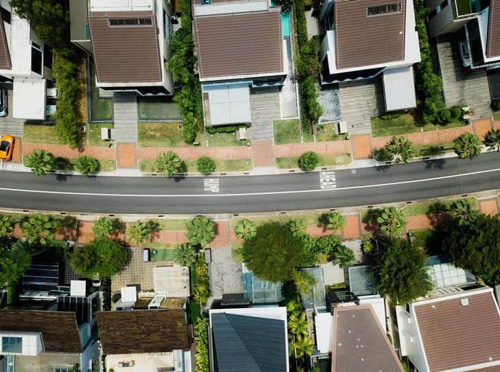 引っ越しの挨拶をする場合の『お隣さんの定義』は?