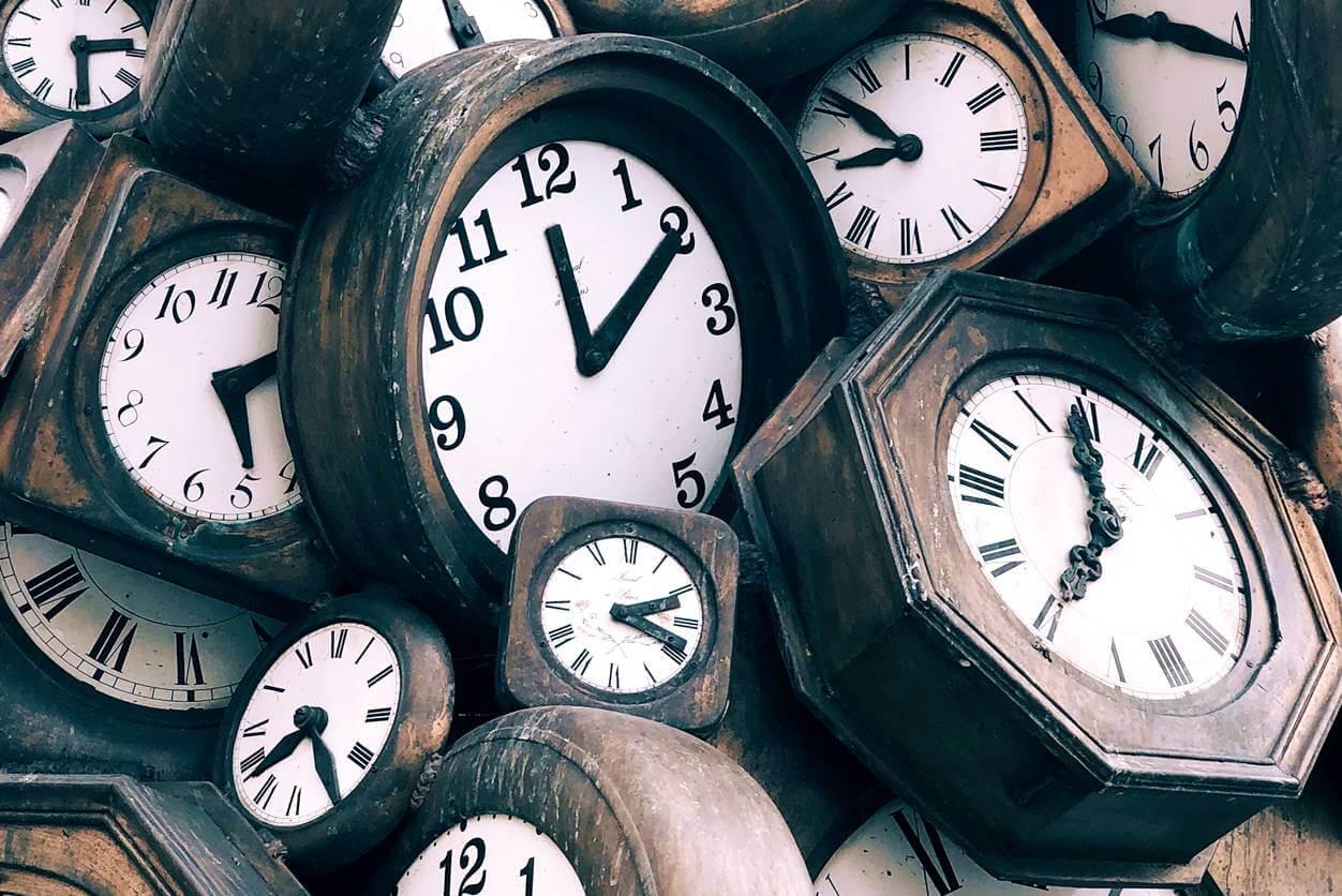 ブログを書く暇がない人は時間の使い方を改めよう【1日は24時間だけ】
